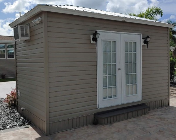 fortmyers-RV-lot423-2