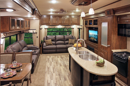 Resort to quality living at cypress trail for L interieur trailer