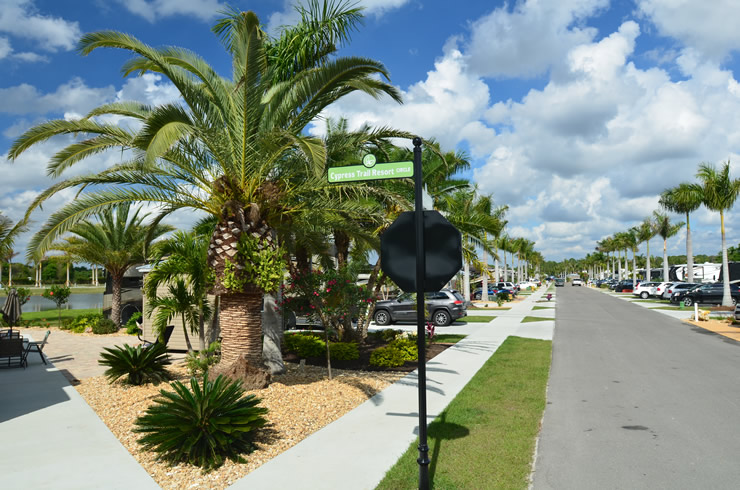 Fort Myers FL RV Resort | Florida RV Lots for Sale | Cypress